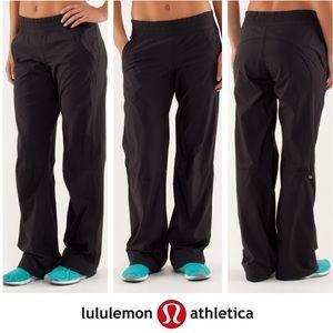 Lululemon Black Loose Fit Dog Runner Pant